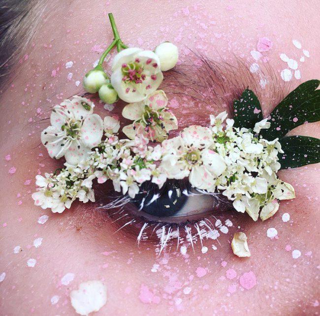 Visual: instagram - @makeupisart_x
